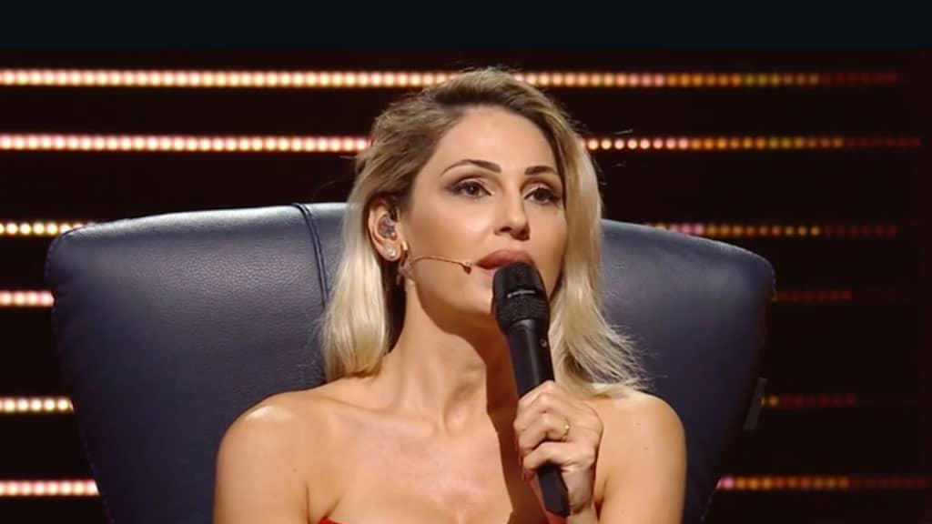Annaì Tatangelo: a Verissimo parla della fine della storia d'amore con Gigi D'Alessio