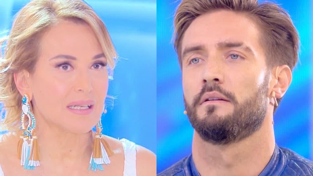 Barbara d'Urso preoccupata per Alex Belli assente a Domenica Live
