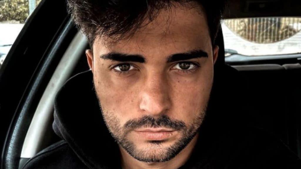 Davide Donadei, ex di Uomini e Donne, operato agli occhi: le prime parole su Instagram dopo l'intervento
