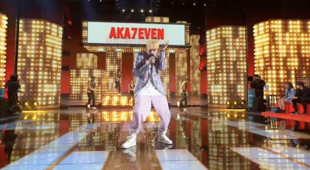 Esibizione di Aka7even