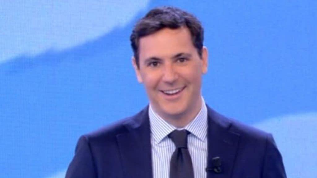 Francesco Vecchi diventa papà, l'annuncio emozionato durante la diretta di Mattino Cinque: