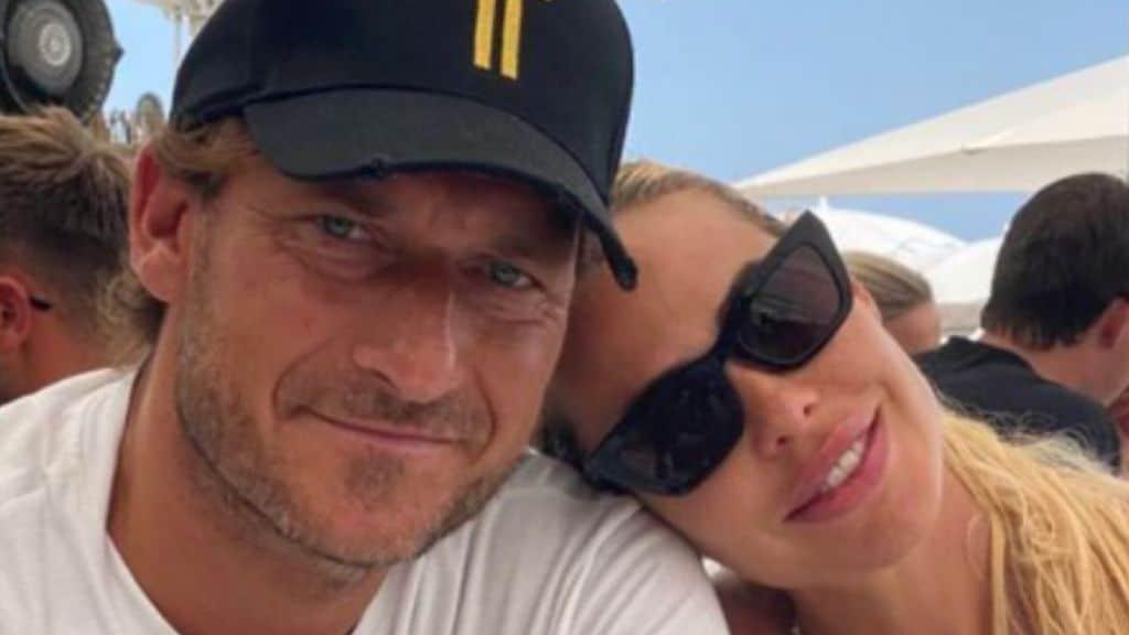 Ilary Blasi compie 40 anni: i dolci auguri di Francesco Totti su Instagram