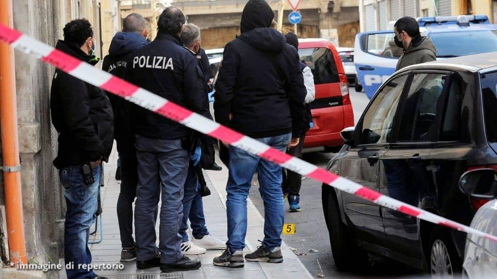 la polizia indaga su omicidio a bari