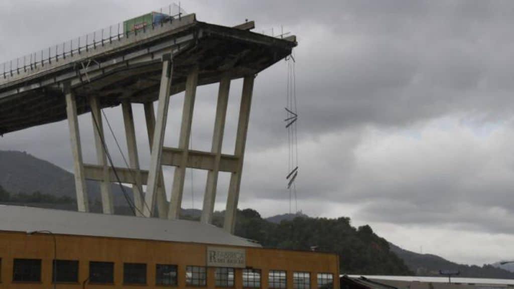 Ponte Morandi, il controllore dei rischi del ponte in un'intercettazione: