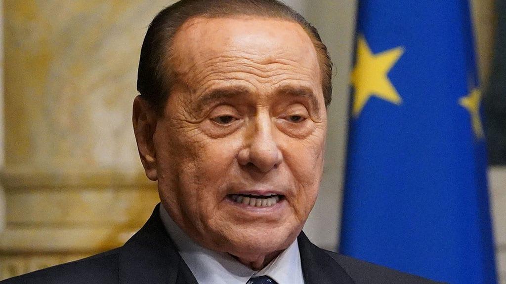"""Ruby Ter, Berlusconi dopo i continui ricoveri: """"Si proceda in mia assenza in questo processo ingiusto"""""""