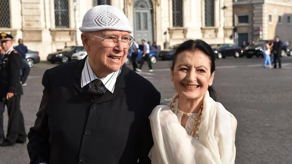 Carla Fracci e Beppe Menegatti, oltre 60 anni d'amore: chi è il regista che la amò dietro le quinte