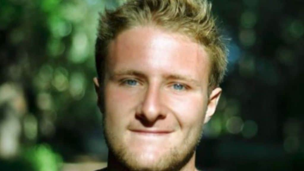 Christian perde le gambe dopo un incidente in scooter: la raccolta fondi degli amici per regalargli una nuova vita