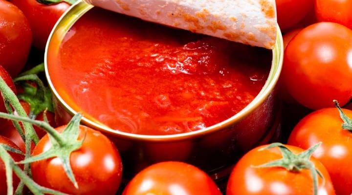 la crisi dell'acciaio minaccia la filiera del pomodoro