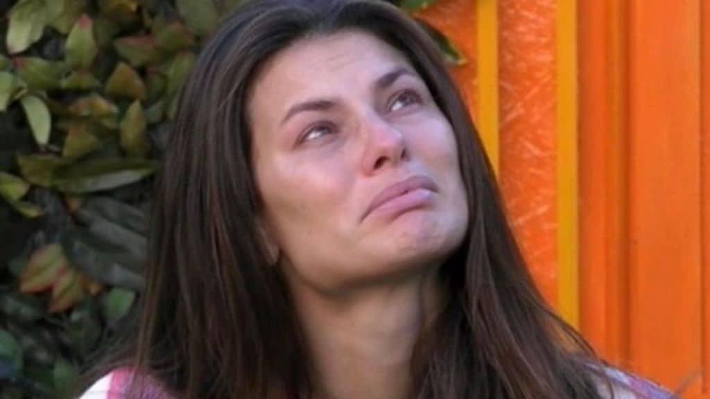 """Dayane Mello vittima di molestie a La Fazenda. Dopo il dramma lo sfogo: """"Vorrei una vita normale"""""""