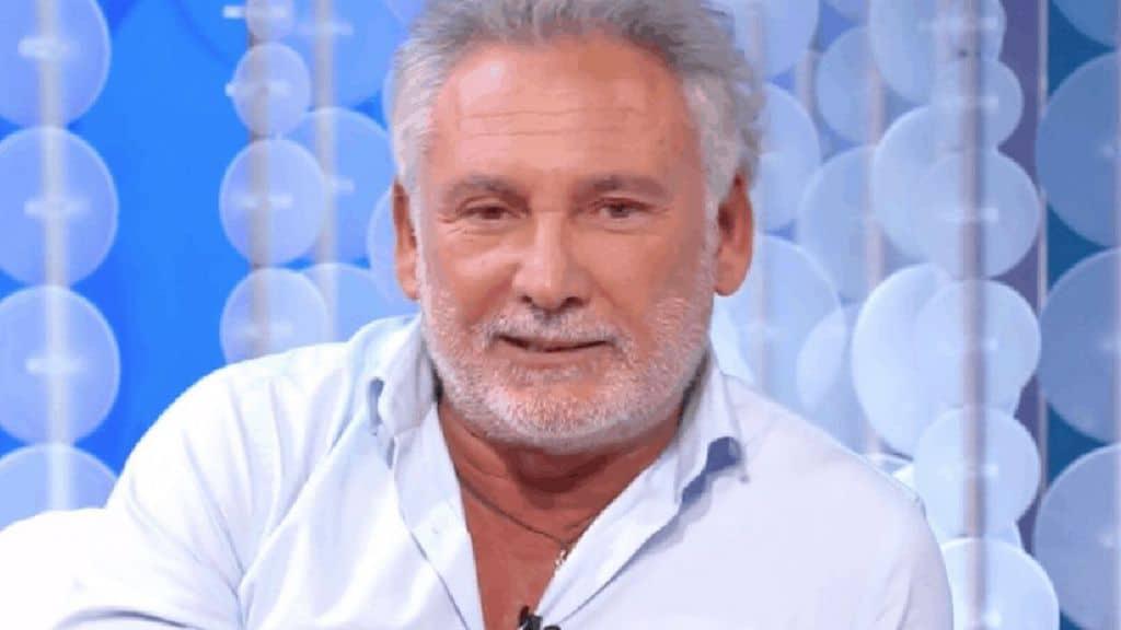 Francesco Paolantoni chi è: il successo e l'amore, tutto sul comico napoletano ospite a Top Dieci