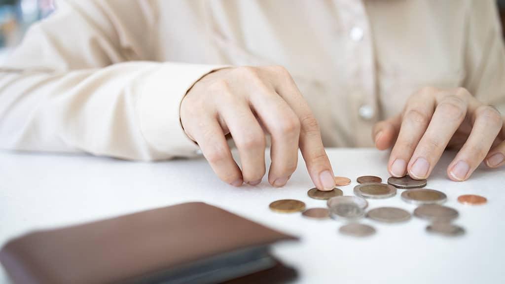 Istat: 11 milioni di italiani in difficoltà con bollette e affitti