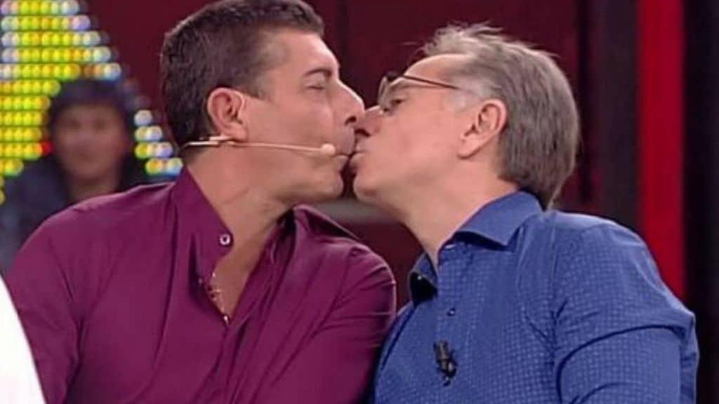 Paolo Bonolis e Luca Laurenti: la storia di un'amicizia che dura dal 1991, fuori e dentro la tv