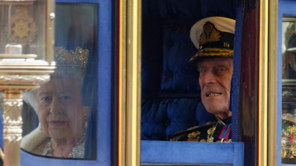 Principe Filippo, la vera causa della morte del duca di Edinburgo: il certificato di morte del medico di Buckingham Palace