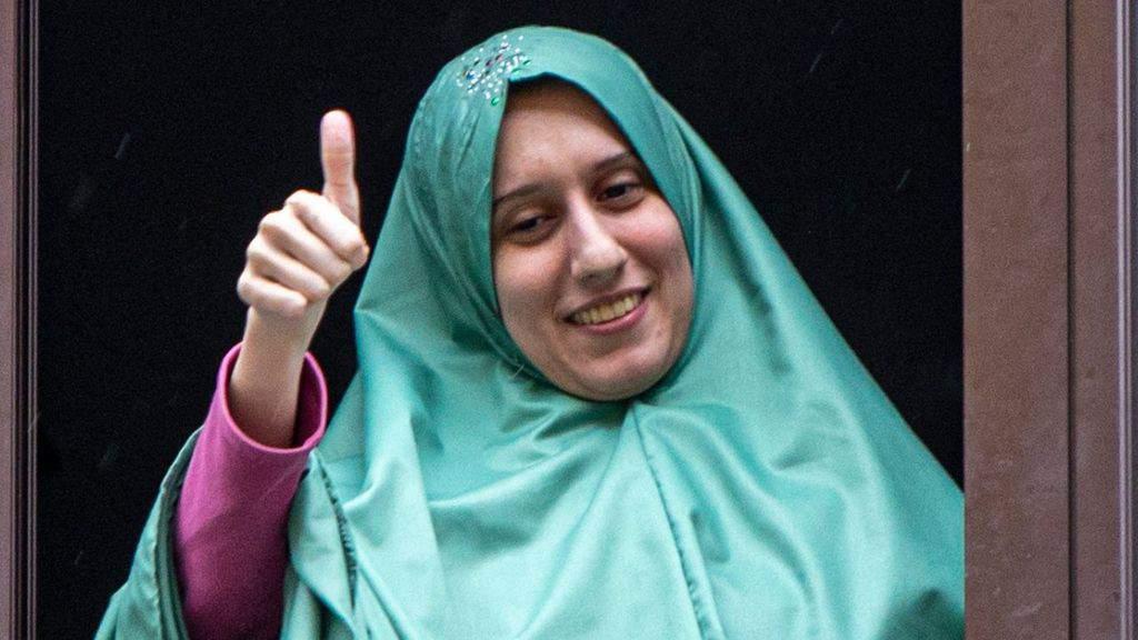 Silvia Romano, la vita di Aisha un anno dopo la sua liberazione: un matrimonio felice e il lavoro da insegnante