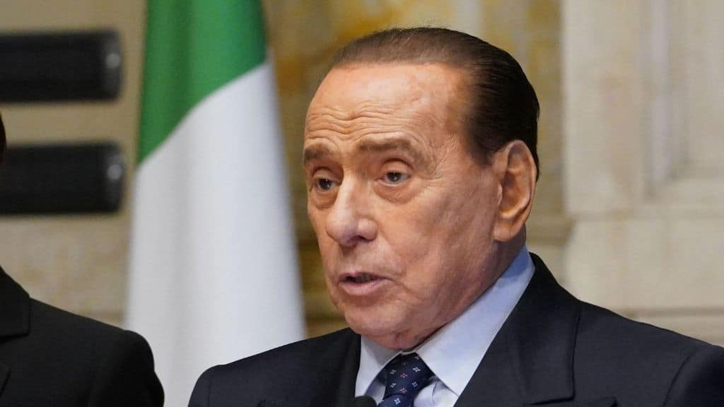 Silvio Berlusconi ricoverato in ospedale: di nuovo al San Raffaele di Milano