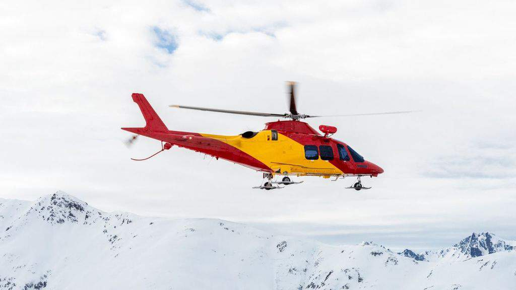 Sono salvi i 3 alpinisti rimasti bloccati sul Monte Bianco, ma uno di loro sarebbe in ipotermia