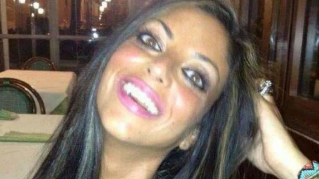 Il corpo di Tiziana Cantone sarà riesumato: nuovi accertamenti per l'indagine che ipotizza l'omicidio