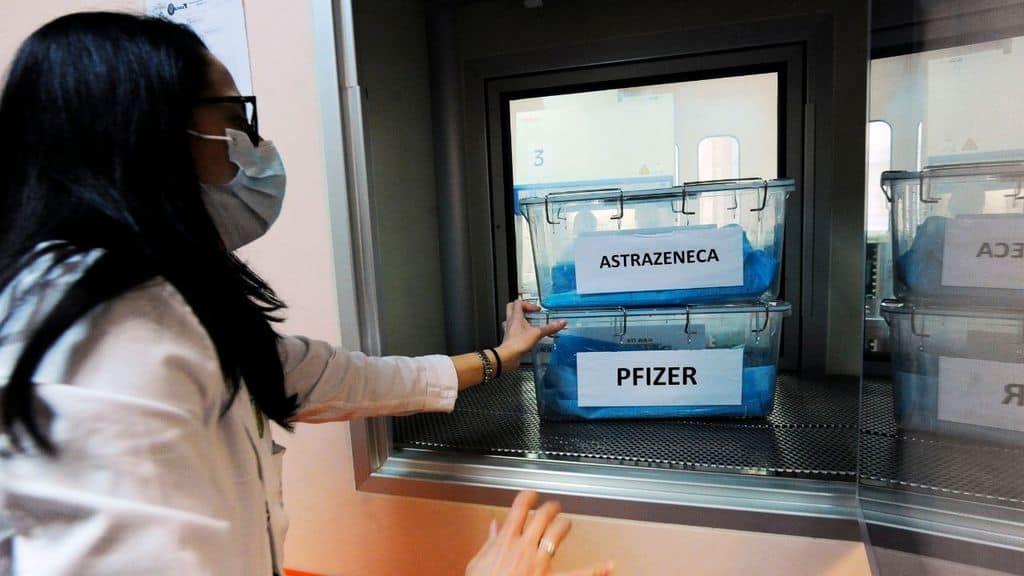 funziona il mix di vaccini astrazeneca e pfizer