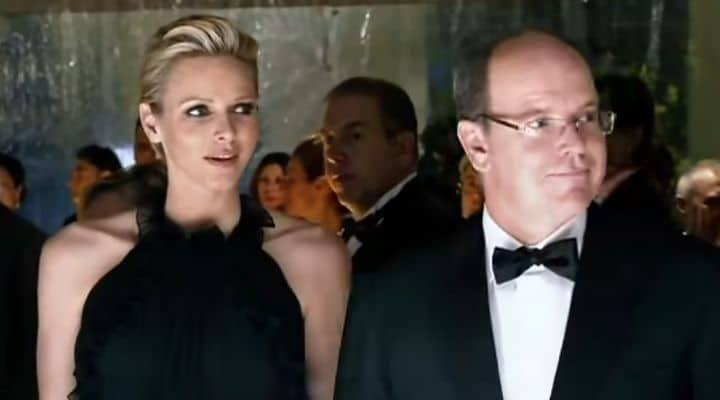Charlène e Alberto di Monaco di nuovo insieme: le immagini del loro abbraccio dopo le voci sul divorzio