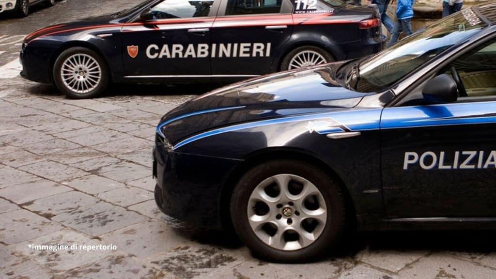 Trovato privo di vita e decapitato un giovane ragazzo di 25 anni all'interno della sua stanza, in una casa che condivideva con il coinquilino a Torino.