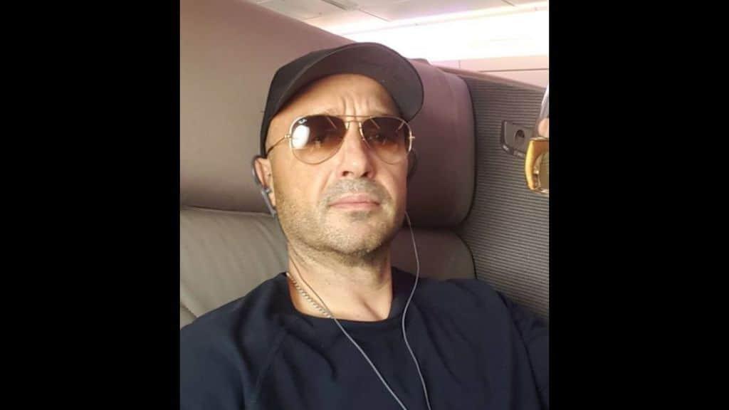 Joe Bastianich, attimi di follia sul volo da Los Angeles: il video dell'atterraggio d'emergenza