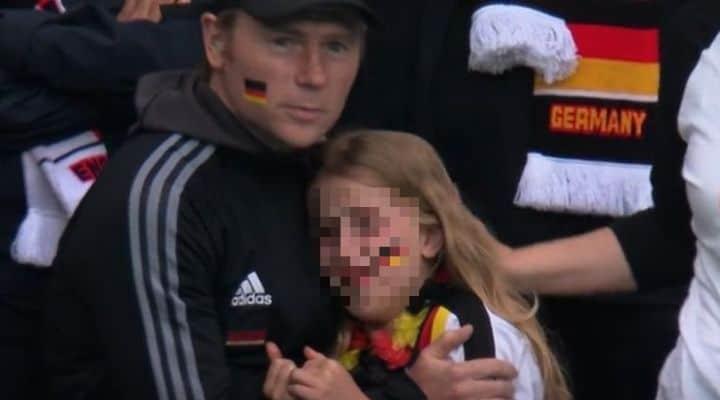 Fan tedesca piange