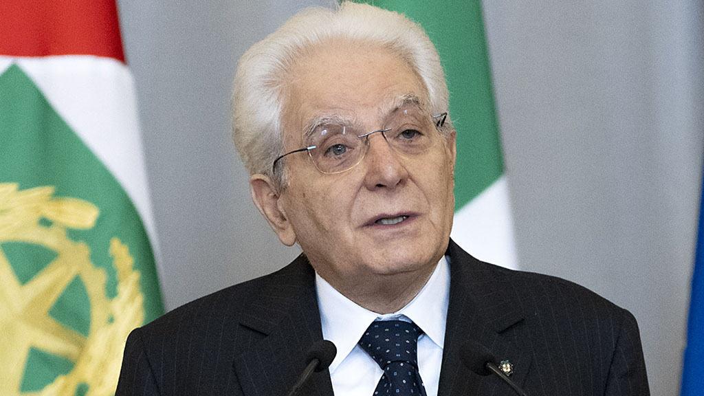 Sergio Mattarella firma dl sostegni bis