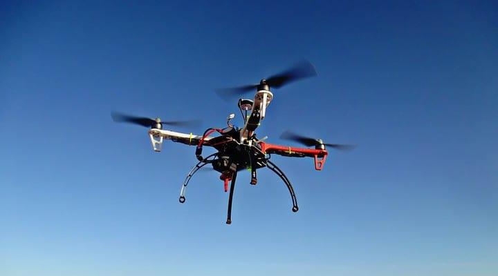 drone, droni