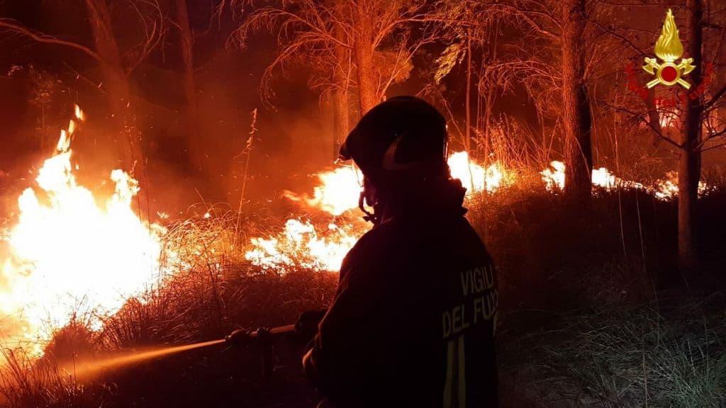Incendi in Sardegna: preallarme nel cagliaritano