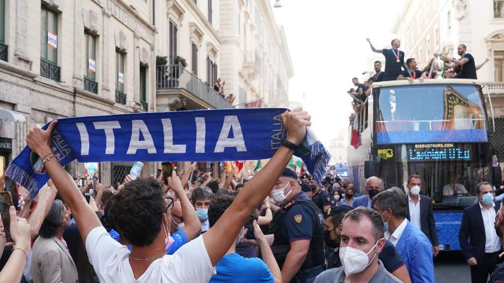 Italia tour pullman roma