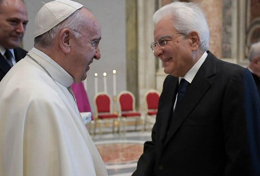 papa francesco e il presidente sergio mattarella