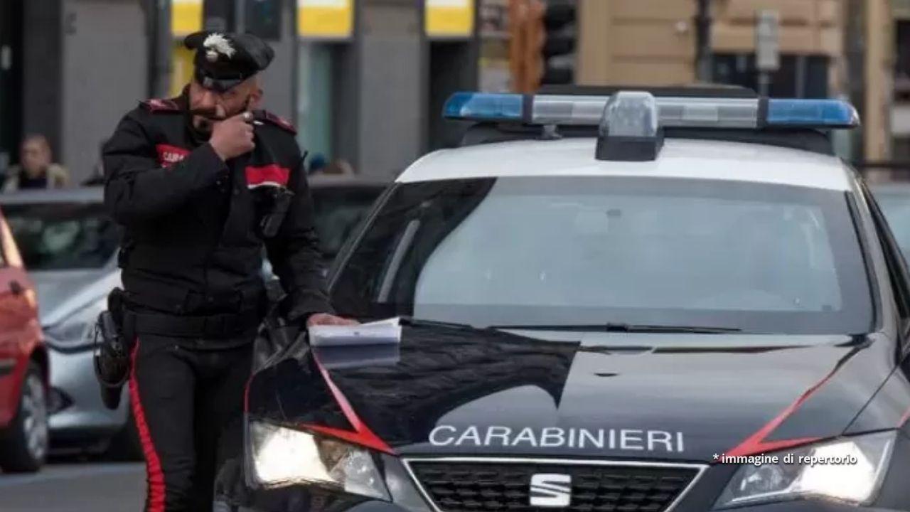 70enne uccide la moglie e la figlia di 15 anni prima di suicidarsi: tragedia in provincia di Milano