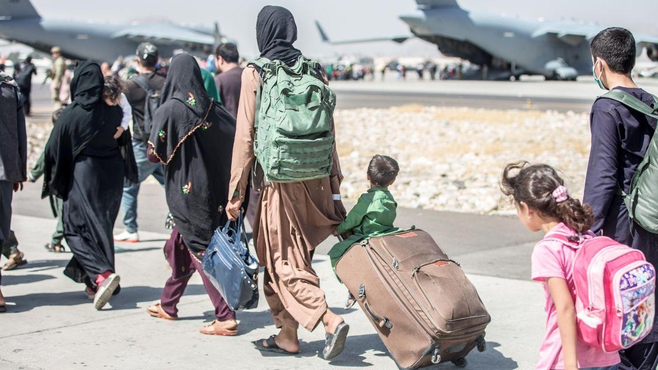 """81 studentesse della Sapienza di Roma bloccate in Afghanistan: """"Con loro anche alcuni bambini"""""""