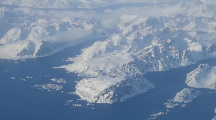Clima, in Groenlandia piove per la prima volta nel punto più alto della calotta glaciale artica