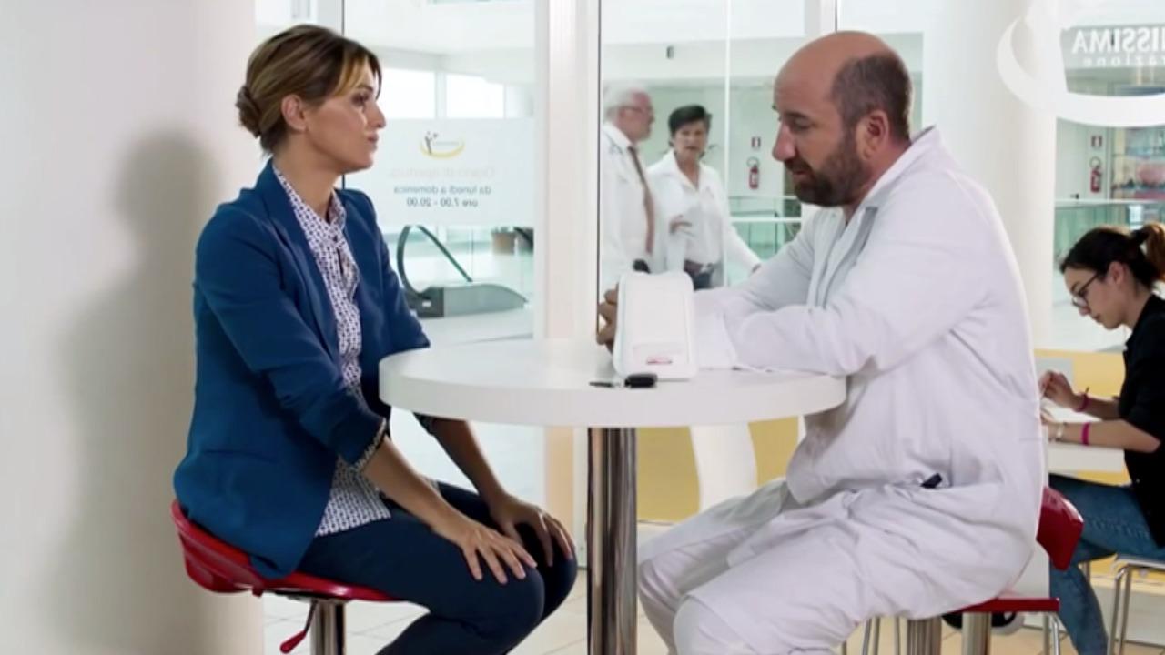 Mamma o papà?: la trama ed il cast del film con Paola Cortellesi in onda su Canale 5 oggi 31 agosto