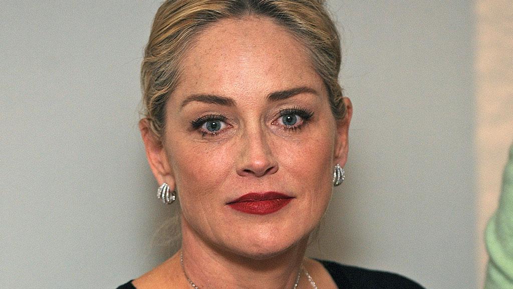 Dramma per Sharon Stone, è morto il nipotino di un anno: lo straziante annuncio dell'attrice