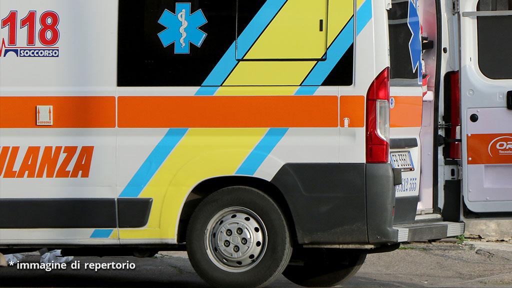 Anziano colpito da un 17enne finisce in coma, il dramma dopo un litigio per un cane nel Comasco