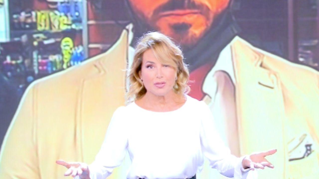 Il ritorno di Barbara d'Urso in tv: com'è cambiato Pomeriggio 5. Nuovo studio, nuovi ospiti e nuovi temi