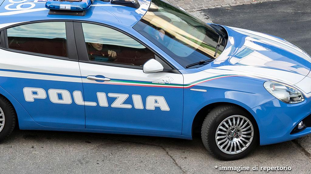 Bimbo caduto dal balcone e morto a Napoli, domestico fermato per omicidio: il racconto di un testimone