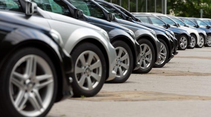 Ecobonus per automobili meno inquinanti, anche usate: quanto vale e come si richiede l'incentivo