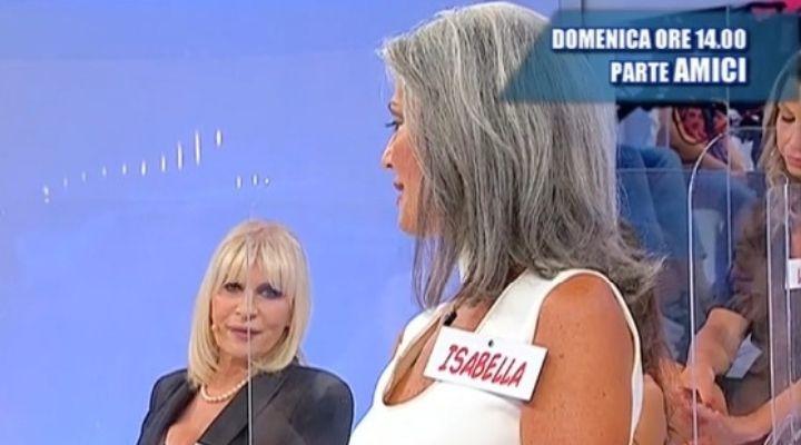 """Gemma Galgani su Isabella Ricci: """"Qui per fare l'influencer"""". Commento puntata 15 settembre Uomini e Donne"""