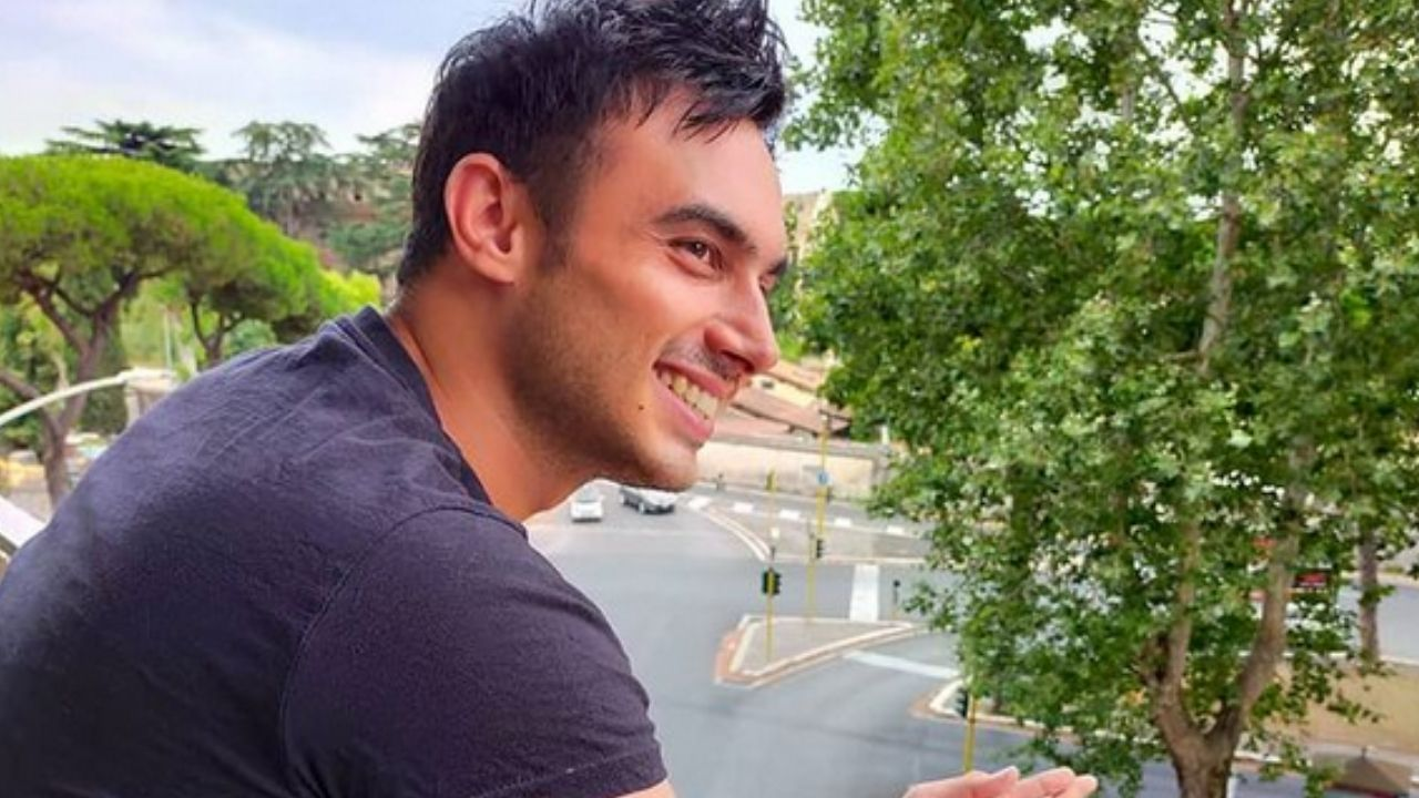 Nicola Pisu, chi è il concorrente del GF Vip 6: il passato difficile e il rapporto con Patrizia Mirigliani