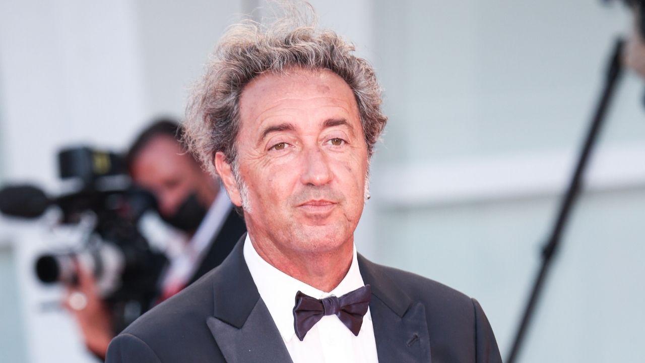 Paolo Sorrentino in lacrime per il premio alla Mostra del Cinema: tutti i vincitori di Venezia 78