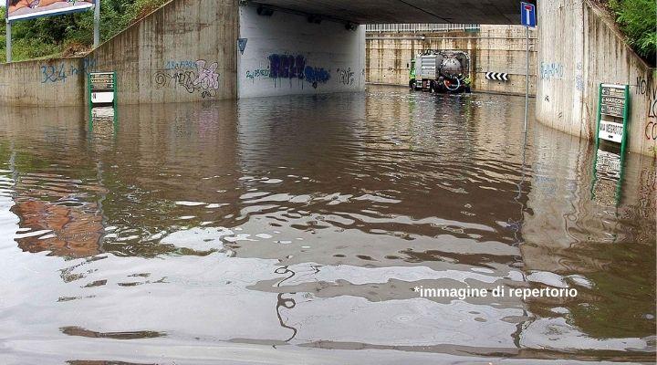 Catania nella morsa del maltempo: chiusi negozi e scuole. Il sindaco lancia un appello ai cittadini