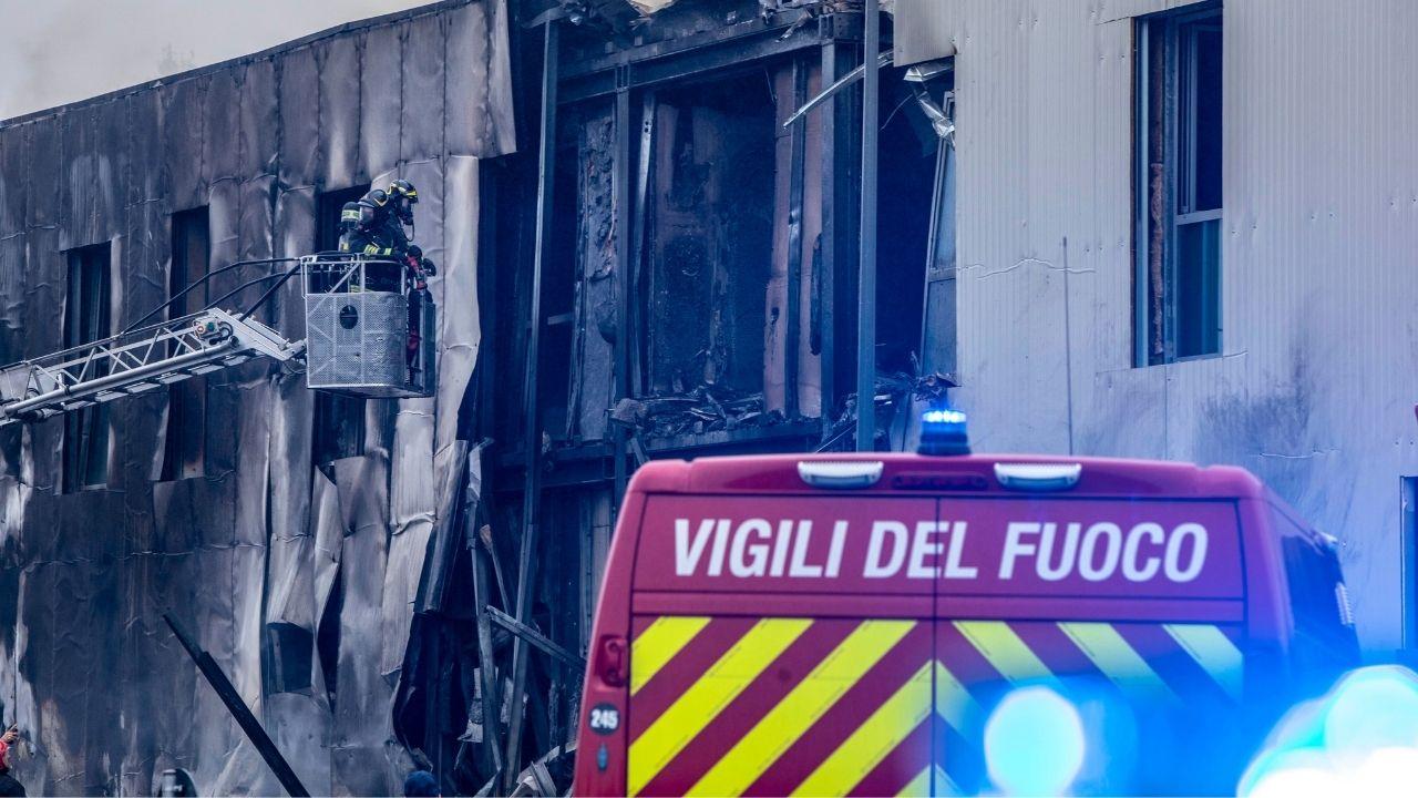 Aereo precipitato a Milano, il bimbo morto nell'incidente aveva solo un anno: l'identità di tutte le vittime