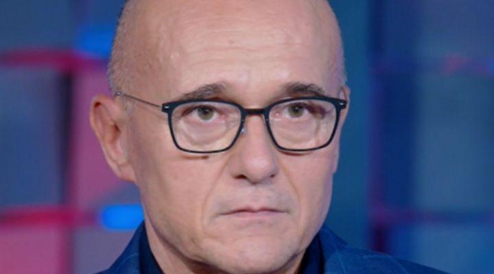 """Alfonso Signorini vittima di bullismo in passato, il crudo racconto a Verissimo: """"Episodi molto forti"""""""