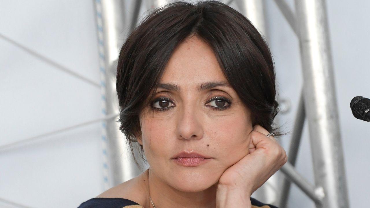 Ambra Angiolini rinuncia al Salone del Libro: troppe attenzioni mediatiche dopo la rottura con Allegri