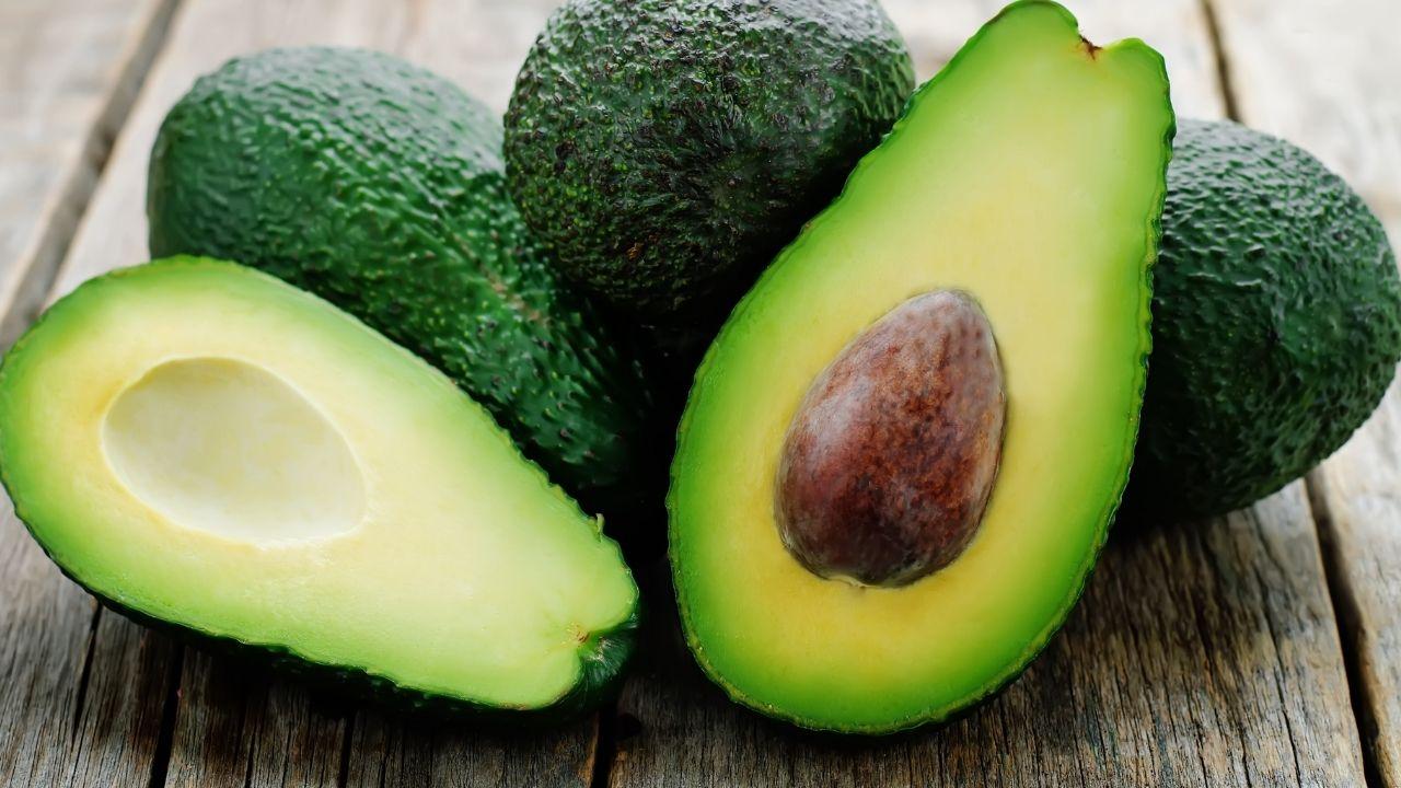 Cambiamenti climatici e abuso di pesticidi causeranno l'estinzione di avocado vaniglia e altre piante