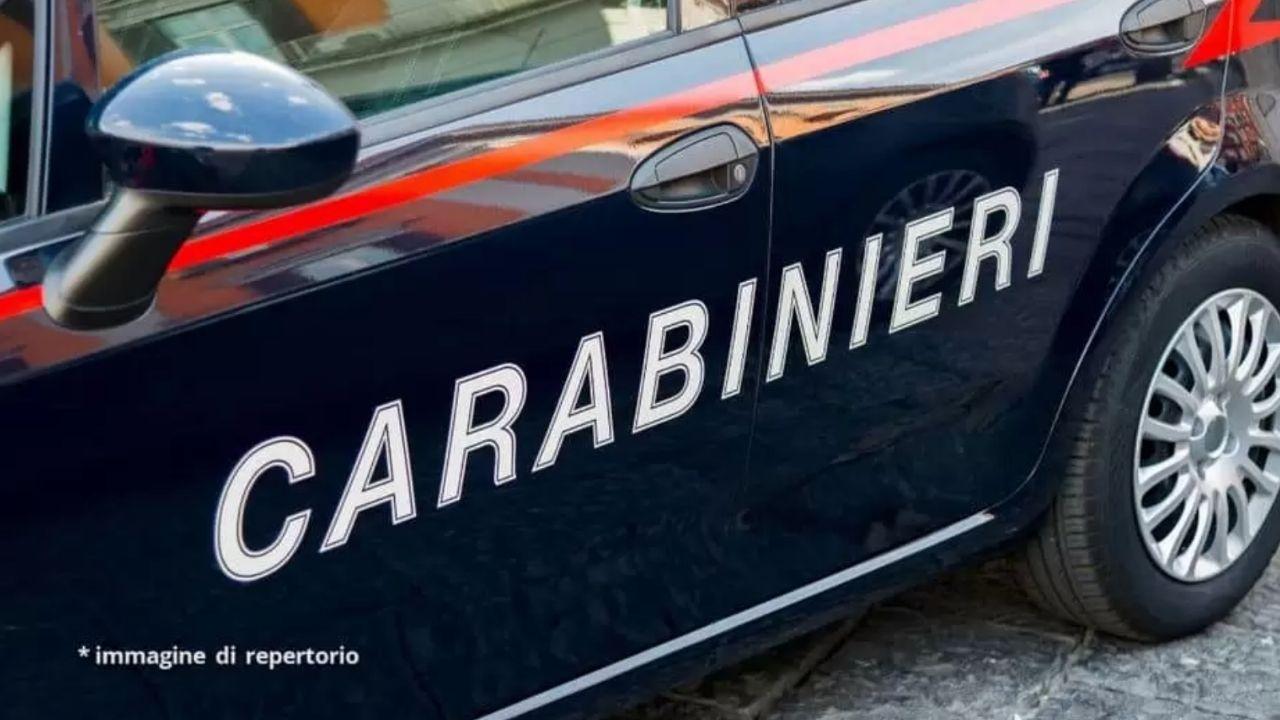 Bambino morto nel supermercato a Perugia, fermo per la madre: trovato un coltello, si indaga per omicidio