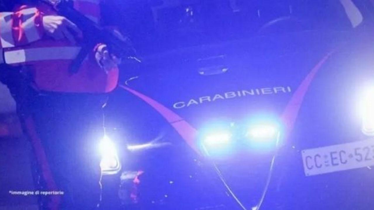 Donna uccisa a martellate per strada dall'ex fidanzato: femminicidio a Castegnato, provincia di Brescia